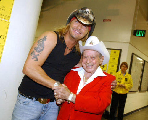 Bret & Little Jimmy Dickens (WireImage.com)